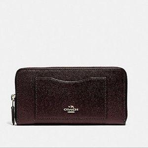 Coach oxblood Crossgrain Leather Zip Wallet NEW